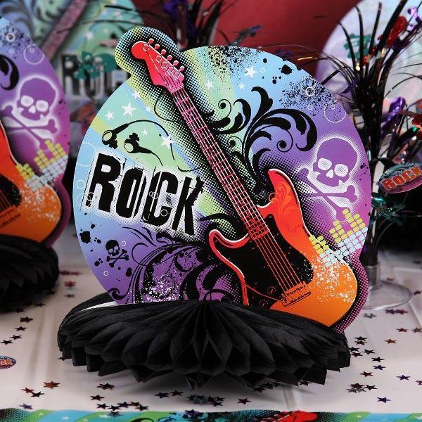 Eindrucksvolle Tischdekoration, natürlich passend zum Rockstar Thema. #Partydeko #RockStar