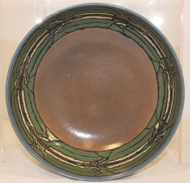 Saturday Evening Girls pottery bowl by Sara Galner --- dated 6/13 and & 1051 best Arts and Crafts Pottery images on Pinterest | Ceramic art ...