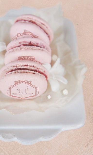 Petit Macarons by MaisonDeLorée