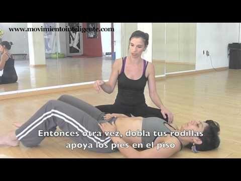 ▶ Cómo liberar las caderas (cómo hacer el split) - Feldenkrais para bailarines con Lea Kaufman - YouTube