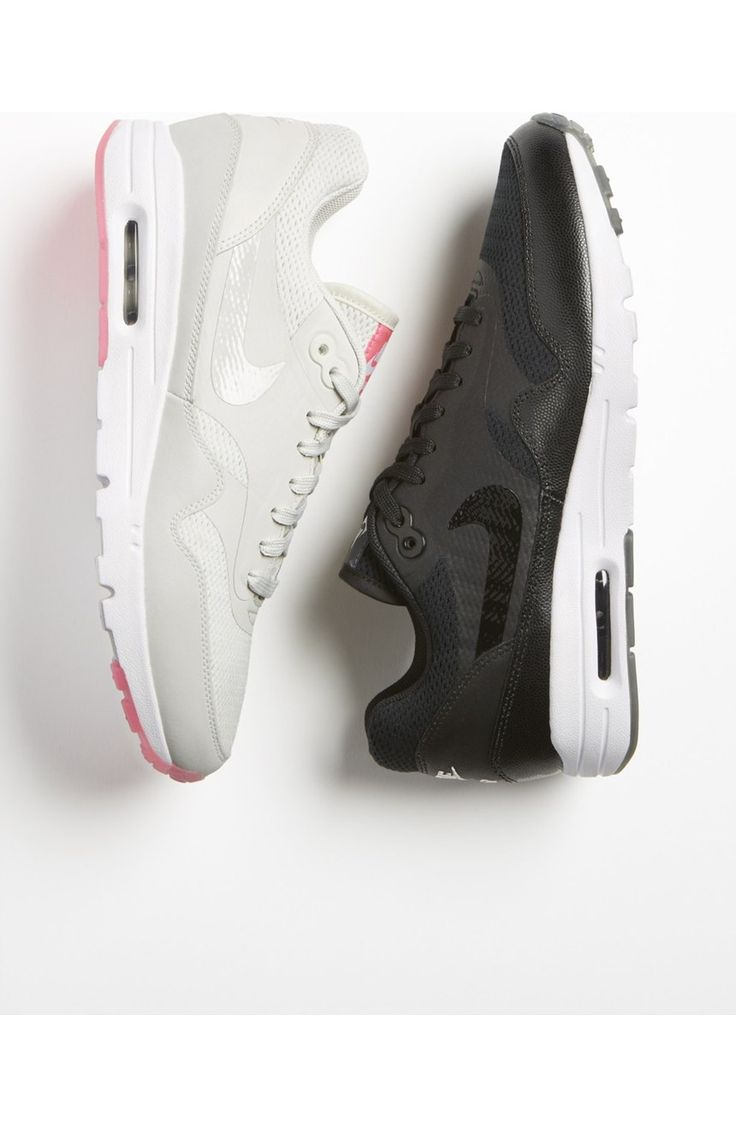 Nike's Air Max 1 gives the iconic air-cushioned sneaker feminine updates. The slimmer fit is tailored for comfort and style, while debossed lines and breezy perforations on the upper stay true to the original Air Max design.