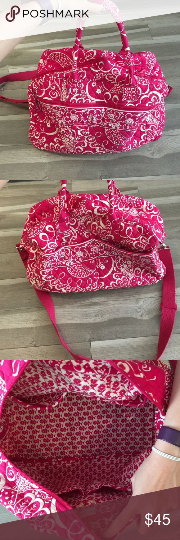 Vera Bradley Weekender Bag Vera Bradley weekender bag with removable shoulder strap. Roomy with four interior pockets and external pockets (one zipped, two open). Vera Bradley Bags Travel Bags
