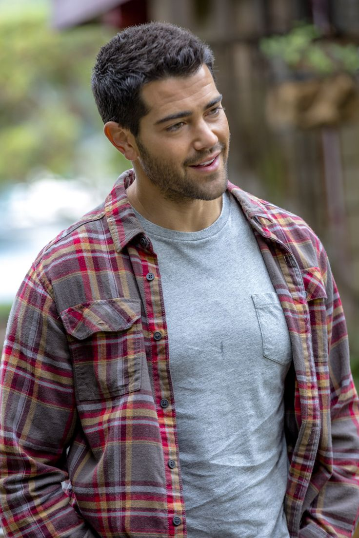 "Chesapeake Shores, Season 1 - ""Georgia on my Mind""  Trace (Jesse Metcalfe) learns the warehouse property has been sold. To whom? #chessies"