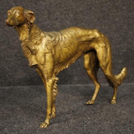 650€ French bronze sculpture depicting Greyhound. Visit our website www.parino.it #antiques #antiquariato #art #antiquities #antiquario #sculpture #statue #metal #decorative #interiordesign #homedecoration #antiqueshop #antiquestore #bronze #greyhound #dog