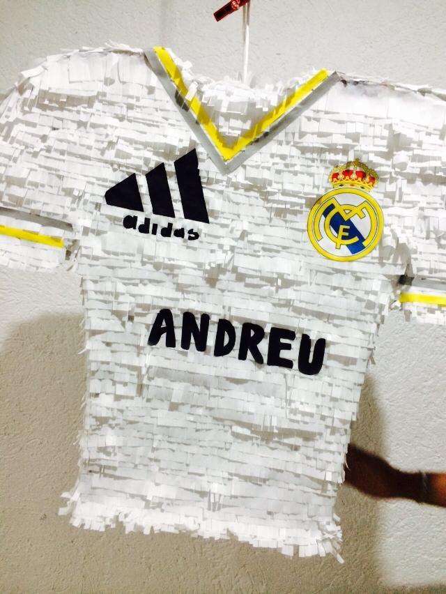 Piñata Playera Real Madrid