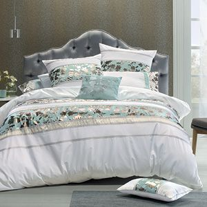 The beautiful Pheobe quilt cover set showcases soft, delicate colours of pale mint and white in a classic panel design. Enhanced by a co-ordinating gros grain ribbon trim, the eye is drawn to the feature pattern of ivy leaves in subtle, silvery-bronze tones. The quilt cover has a plain white reverse and button closure.