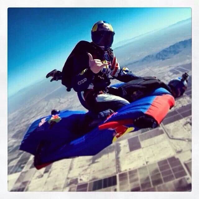 17 best images about skydive on pinterest parachutes pretoria and wingsuit flying - Military wingsuit ...
