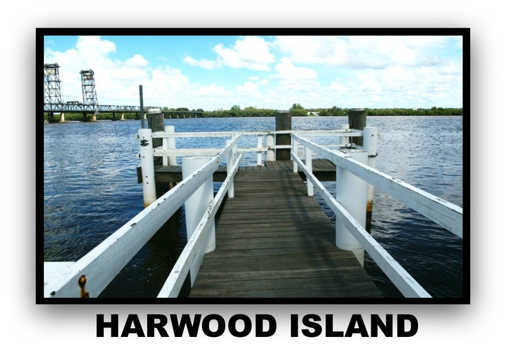 Harwood Island, one of the beautiful villages that overlooks the Clarence River in the Yamba Maclean Area.