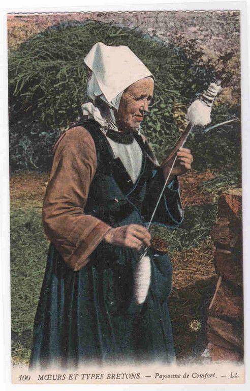 Peasant Woman Spinner Comfort Bretagne France postcard