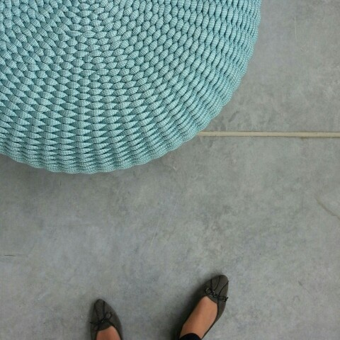 Hello there, Showroom Store! (pouffe by Paola Lenti)