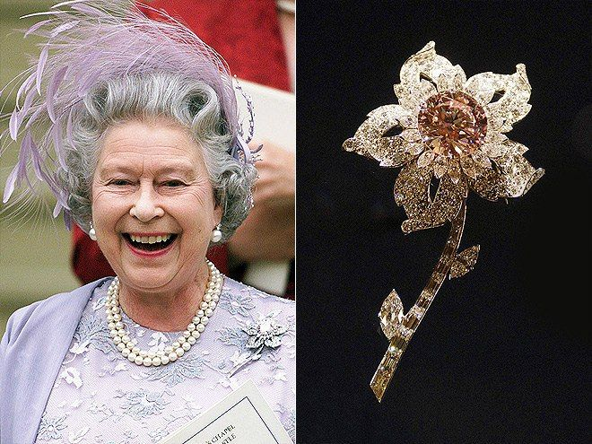 Елизавета II и её королевские броши! 5