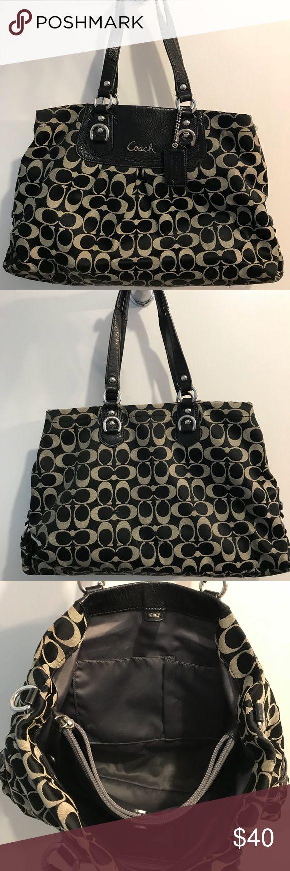 Coach Purse Cute black Coach purse in good condition. Coach Bags Shoulder Bags