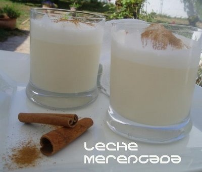 Spanish Leche Merengada - sweet frothy milk with a lemon & cinnamon flavour.