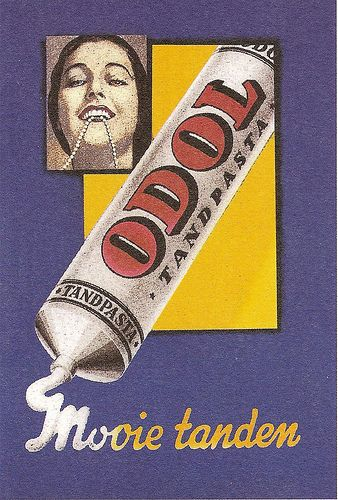 Tempo Doeloe - Mooie Tanden  advertising from the Dutch colonial era.