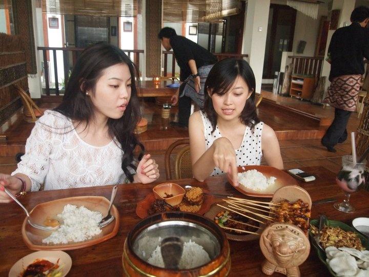 Lunch at Raja Rasa Sudanese Restaurant, Bandung Indonesia