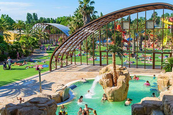 Passez des vacances dans le camping 5* la Sirène à Argelès sur Mer ! Plus d'infos : https://www.tohapi.fr/languedoc-roussillon/camping-sirene.php #tohapi #vacances #camping #languedocroussillon #piscine #argelès #sirene