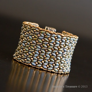 Dramatic SuperDuo Bracelet with SuperDuo and seed beads. Very Elegant with only 2 colors- Smadar Grossman