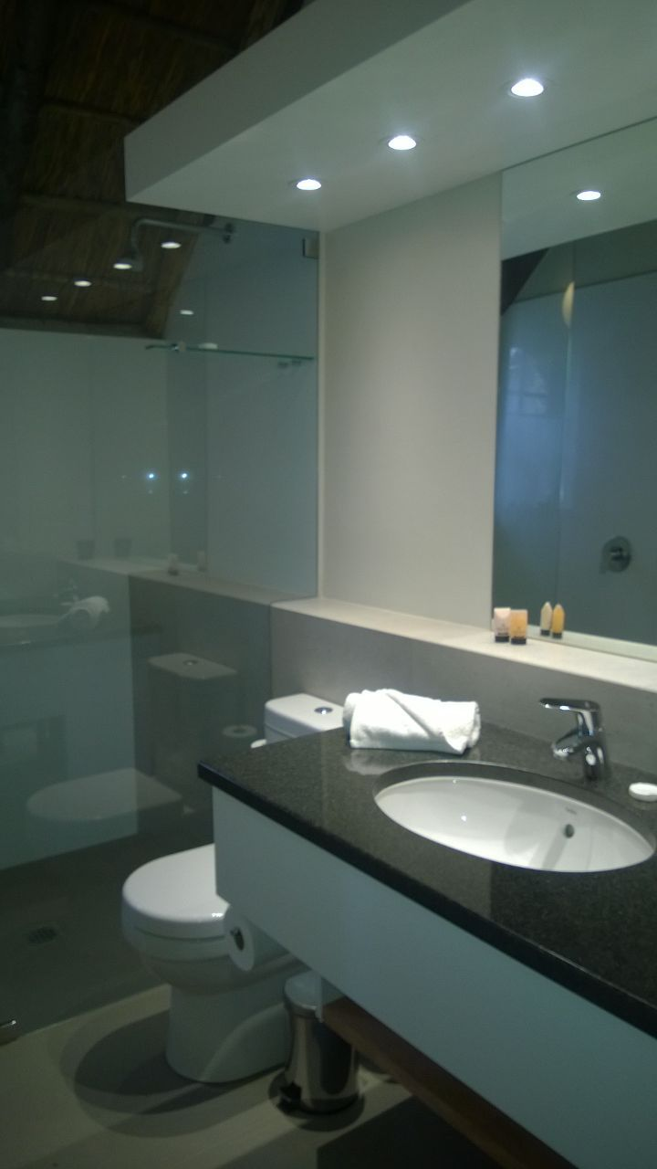 New bathroom at Coral Tree Cottages near Plettenberg Bay