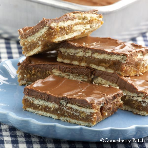4-Layer Cookie Bars from 101 Hearty Recipes Cookbook by Gooseberry PatchRecipe Cookbooks, Cookies Bar, Cookie Bars, S'More Bar, S'Mores Bar, Bar Recipe, Peanut Butter, Gooseberry Patches, 4 Layered Cookies