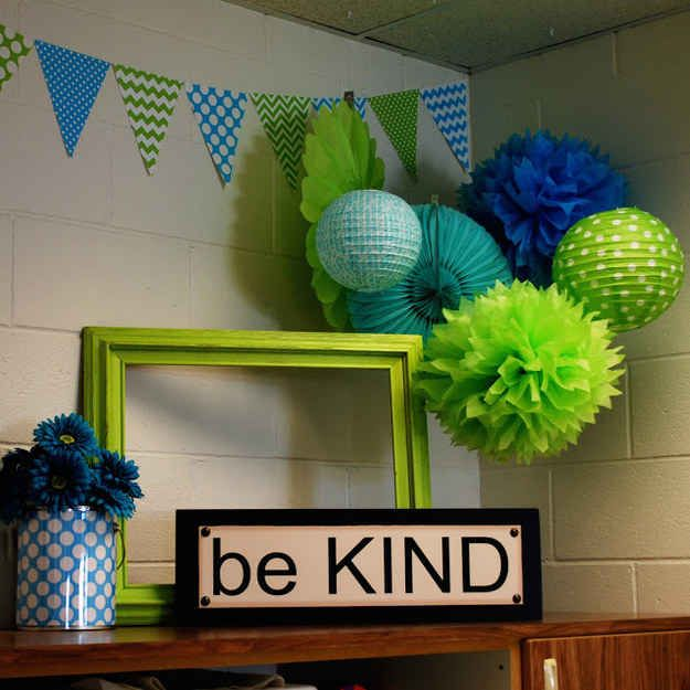 20. Keep a clean, cohesive blue-and-green color combo.