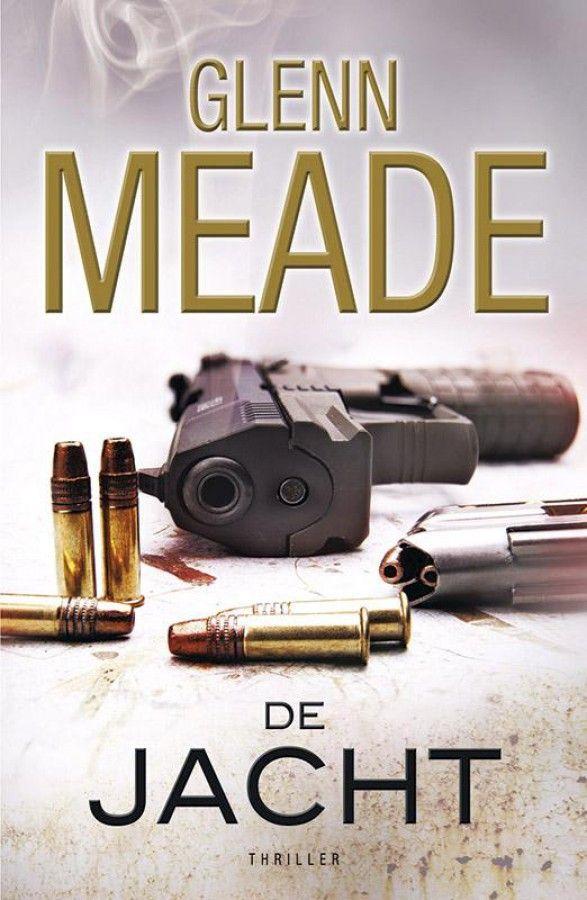 In 'De jacht' sleurt thrillerauteur Glenn Meade je mee in een verhaal over de oorlog in Bosnië waarvan de haren in je nek rechtovereind gaan staan. Na een bloedbad in een kamp bij Sarajevo wordt tussen de slachtoffers een meisje gevonden. Ze is zo getraumatiseerd dat ze niet meer kan praten. Twintig jaar later. Carla Lane weet maar weinig van wat zich destijds in Bosnië afspeelde. Ze leidt een gelukkig leven in New York. Totdat haar man om onbegrijpelijke redenen wordt vermoord en ze zich…