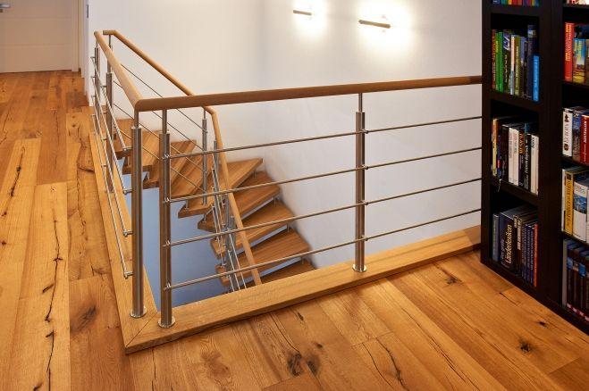 Freitragende Treppe und Geländer von KENNGOTT.