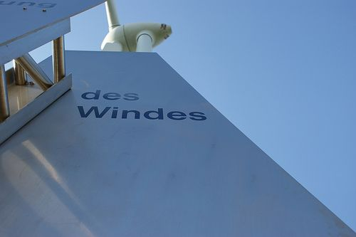 Exactly what is wind energy. http://how-to-build-a-wind-turbine.info/what-is-wind-energy.html Wind energy