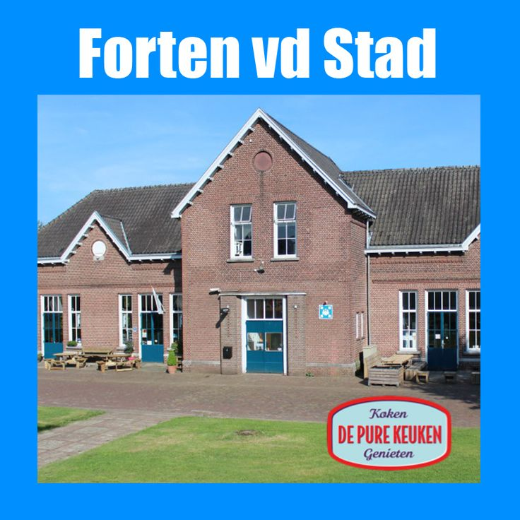 http://www.vestingfietsen.nl/html/vv-winter-pure-keuken.html De Forten van de stad - Vestingfietsen en de Pure Keuken organiseren vanaf Fort Isabel een winterarrangement. Dit arrangement start om 11.00uur bij de Pure Keuken (Fort Isabel) met koffie/thee om vervolgens te voet via de loopbrug over de rondweg naar Huize Valk (Fort Anthonie) te lopen (ca 500 meter) om daar aan boord te stappen in een van een de overdekte boten met warme dekens van Vestingfietsen voor een tocht over de Dommel