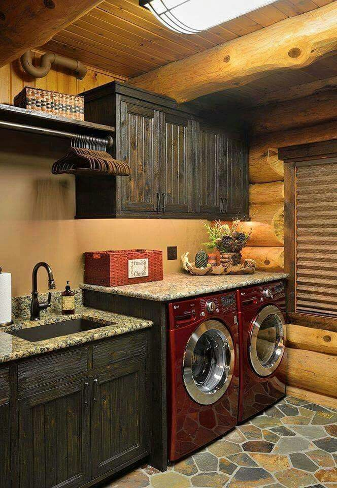 Best 25 rustic laundry rooms ideas on pinterest for Country laundry room