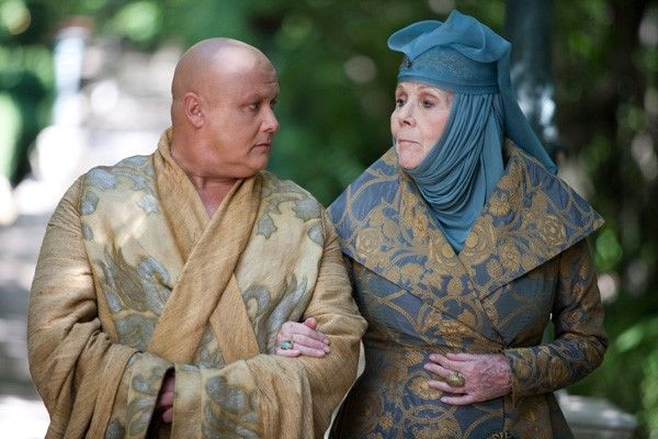 Game of Thrones. Olenna Tyrell in Rubelli coat. 30000-08 Poliphilo