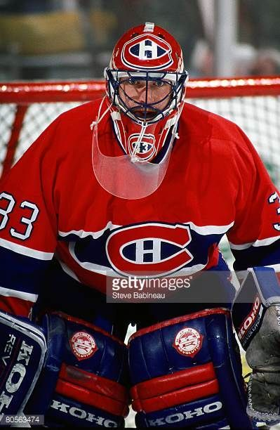 s-patrick-roy-of-the-montreal-canadiens-tends-goal-against-the-boston-picture-id80563474 (399×612)