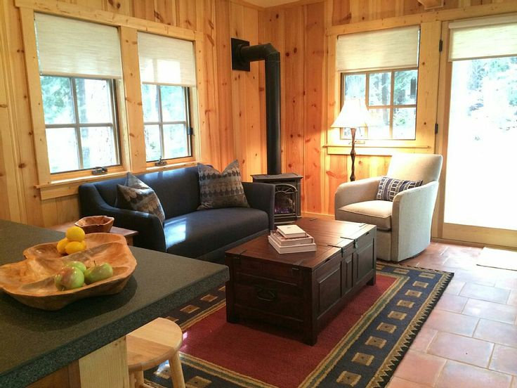 Cozy Cabin 4 Blocks From The Lake Knotty Find This Pin And More On Pine Paneling