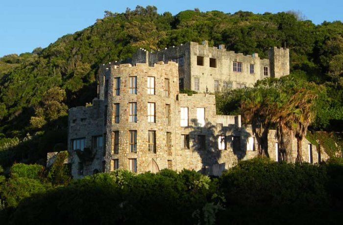 CASTLES OF AFRICA In the 1930s a few castles were built on Noetzie Beach in Knysna, South Africa. Castles such as Lindsay Castle, Craighross Castle, and about 4 others line the oceanfront of the Indian Ocean and are offered to guests as getaways with beautiful amenities.
