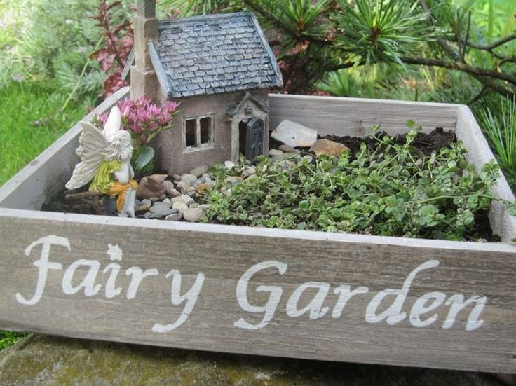 Wir Zeigen Ihnen Kreative Gartenideen Für Kleine Gärten, Mit Denen Sie Feen  Und Elfen Zu Gast Einladen Werden.Aus Dem Alten Blumentopf Wird Ein  Zauberwald