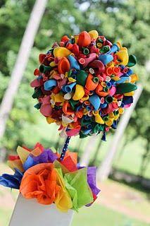 Balloon topiary--cute idea! #balloon #topiary
