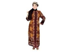 Model baju muslim 2013 juga terselip batik.