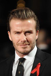 David #Beckham's Son Embarrassed By His Dad http://getreallol.com/david-beckhams-son-embarrassed/