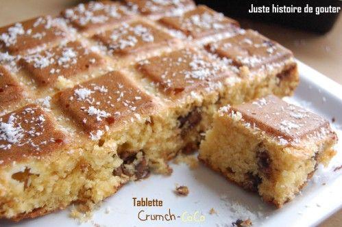 Un gâteau moelleux et succulent pour les fans de noix de coco avec un côté croustillant grâce aux pépites de crunch...une superbe alliance. Un gâteau très rapide à faire et hyper simple, qui réjouira tout le monde! Avec le moule Tablette Flexipan Ingrédients...