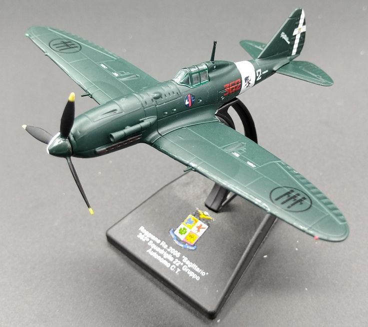 Value rare LEO 1: 100 World War II Italian Air Force Reggie RE.2005 fighter Alloy model Collection model Holiday gifts