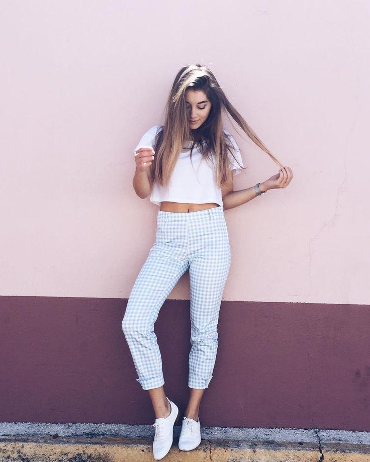 Bradi Stylincafe Stylincafe Instagram Photos And Videos Fashion Pinterest