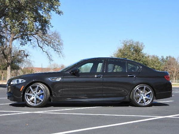 BMW: M5 4dr Sedan 4 dr sedan bmw m 5 low miles gasoline 4.4 l 8 cyl black sapphire metallic