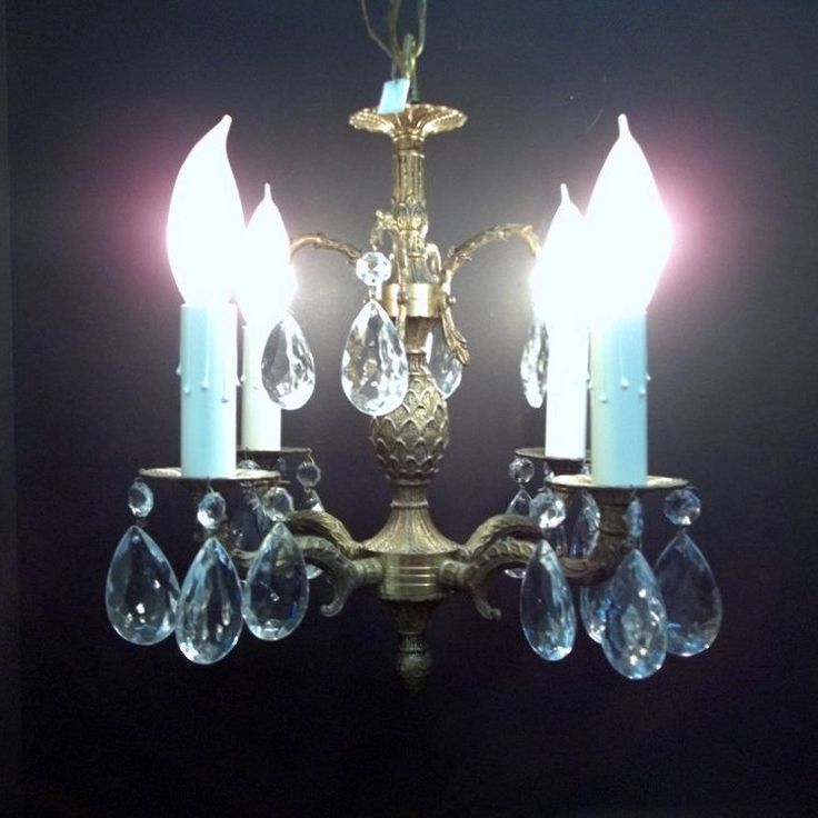 Vintage Four Light Pee Crystal Brass Chandelier Pinele Hollywood Regency Powder Room Closet