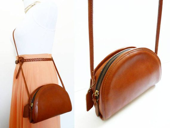 f5666eefe Vintage Coach Wedge Bag, British Tan Brown Round Pouch Legacy Hippie Leather  Hipster Messenger Retro Camera Bag Crossbody Small Purse