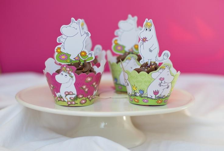 Cupcake liners and cupcake toppers from Kalasform. http://webshop.kalasform.se