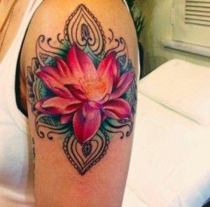 Tatuaggi giapponesi con fiori cerca con google for Tatuaggi nomi e fiori