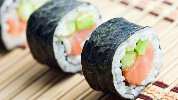 6 Tips For Ordering Healthier Sushi