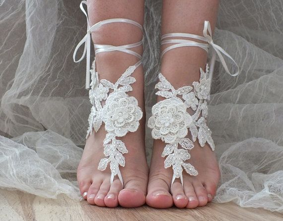 Free Ship ivory lace sandals, bridal anklet, ivory Beach wedding barefoot…