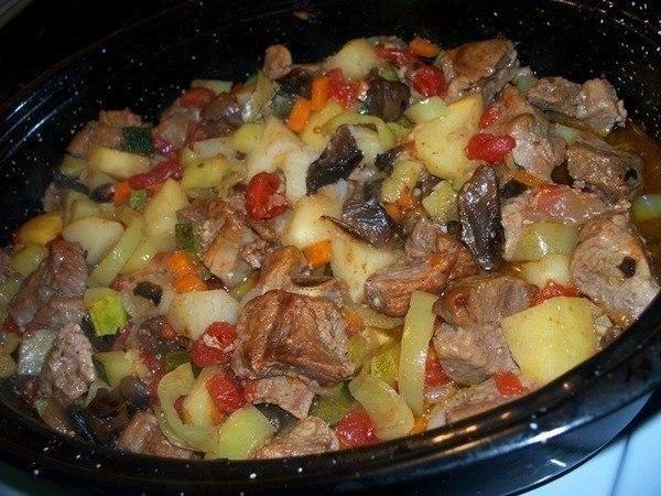 Как приготовить жаркое в мультиварке / Удивительная еда!