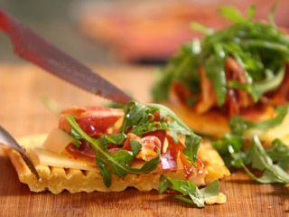 Recetas   Waffle de crudo y emmental   Utilisima.com