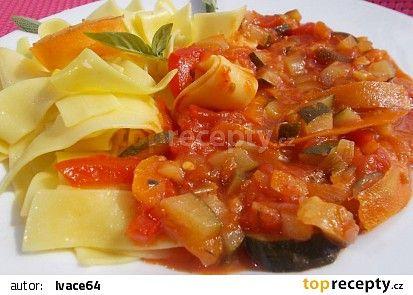 Cuketovo - rajčatová směs se zelím a bylinkami recept - TopRecepty.cz